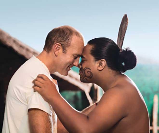 Hej på dej - hälsning på maoriernas vis på Nya Zeeland!