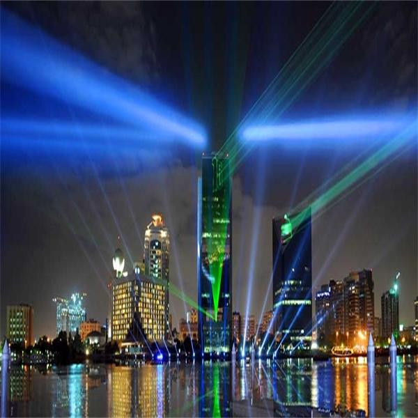 Tipsa en vän om Tour Pacific - och vinn en resa till Dubai för 2!