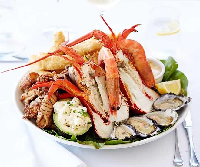 Nick's restaurang i Darling Harbour serverar oss en riktigt läcker skaldjursplatå!