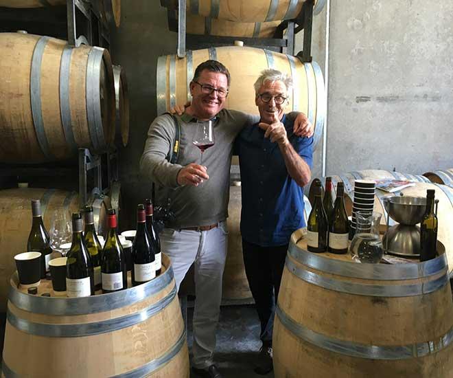 Besök på vingården Ata Rangi i vindistriktet Martinborough på Nya Zeeland, känd för sina prisbelönta Pinot Noir-viner.