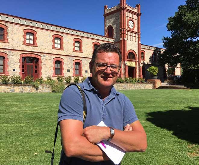 Håkan på välkända vingården Penfolds Magill Estate utanför Adelaide.