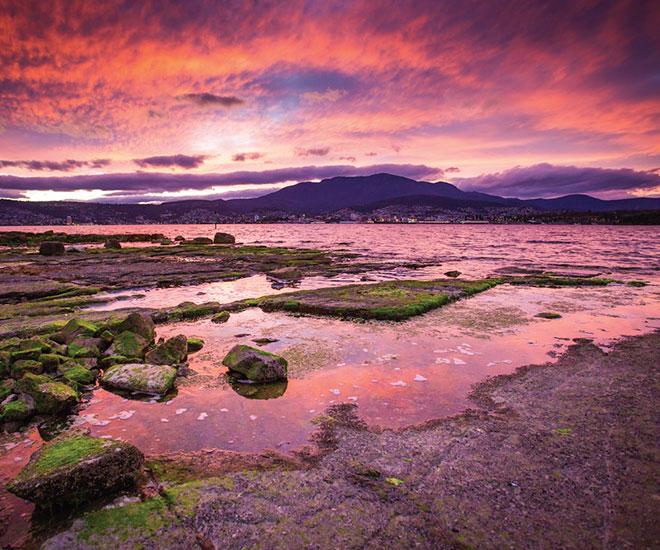 Magisk solnedgång över Freycinet Nationalpark, Tasmanien.